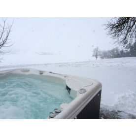 Top Tips For Using Your Hot Tub In Winter