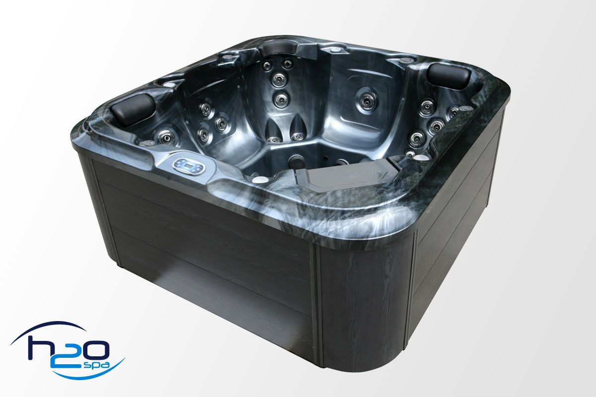 H2O 4200 Series Twin Pump Hot Tub - 2020 Model