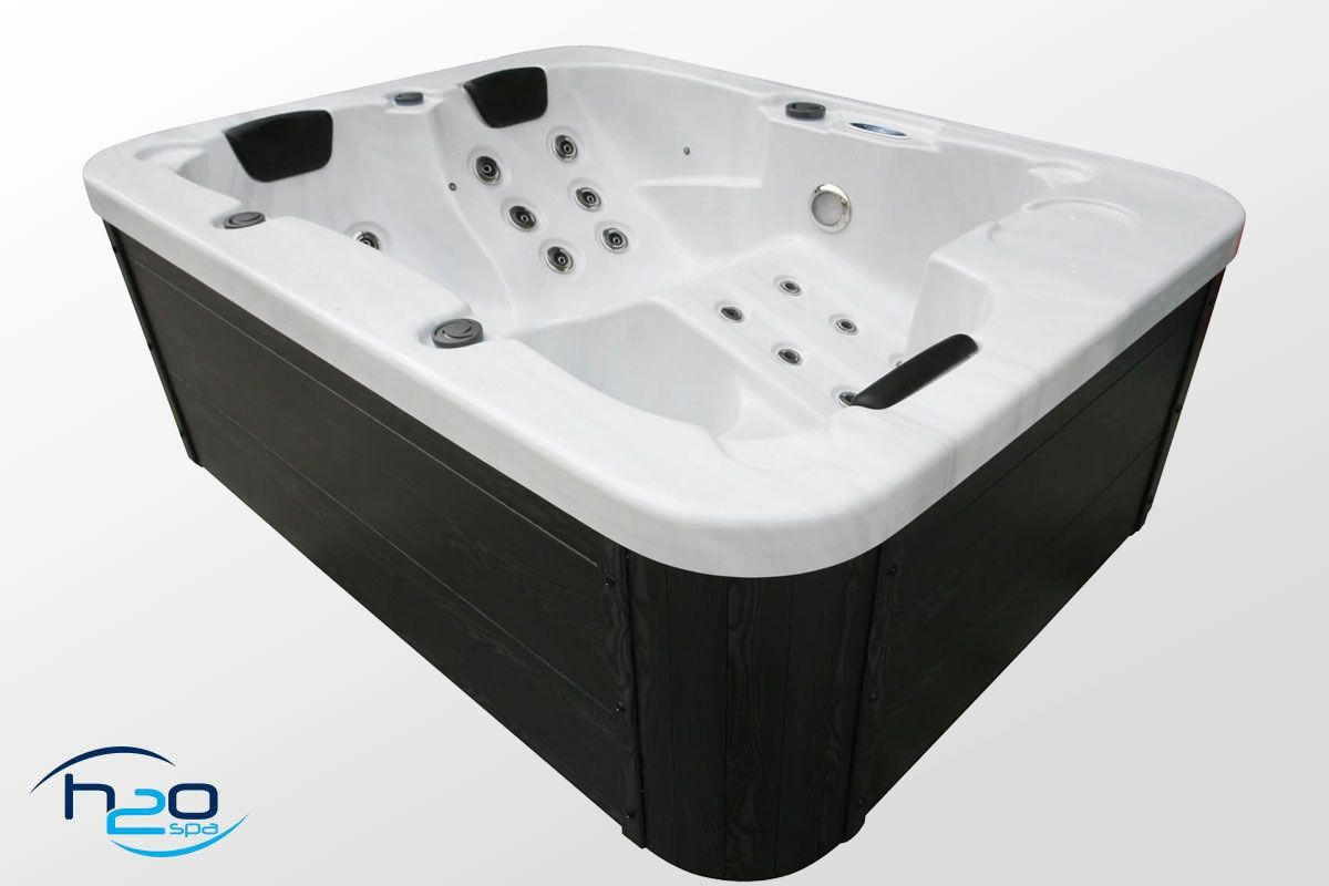 H2O 500 Series Plug & Play Hot Tub