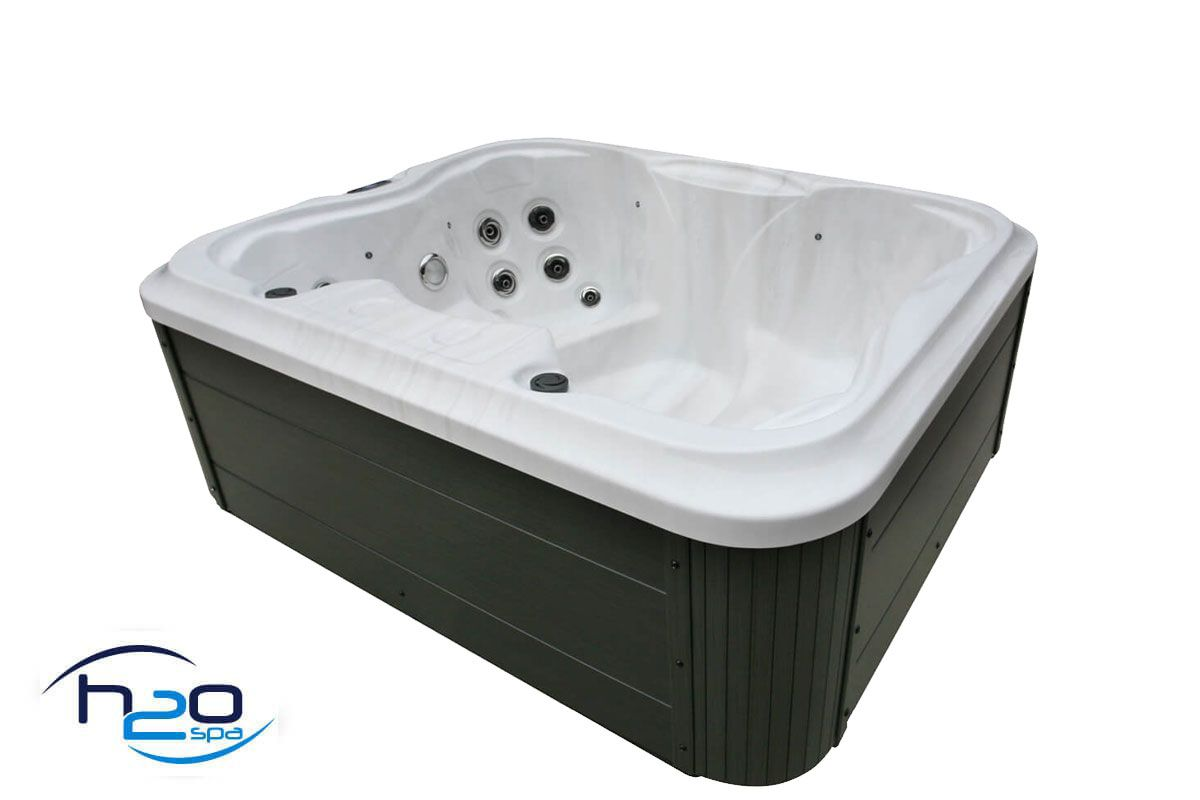 H2O 2000 Series Plug & Play Hot Tub - 2019 Model